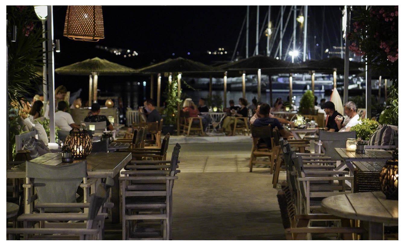 Σέριφος - Indigo Cafe - Λιβάδι
