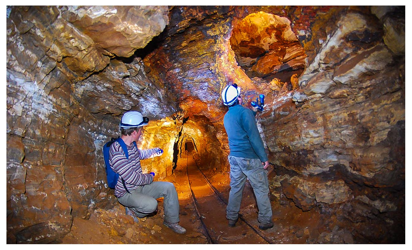 Πεζοπορία στα ορυχεία της Σερίφου - Serifos Scuba Divers