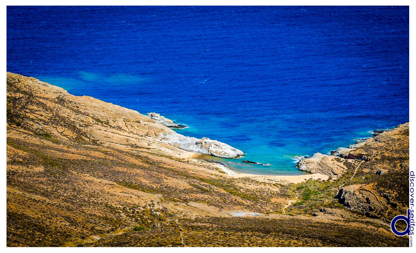 Alevrakia beach in Serifos