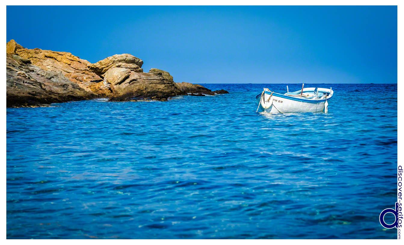 Boat in Platis Gialos - Serifos