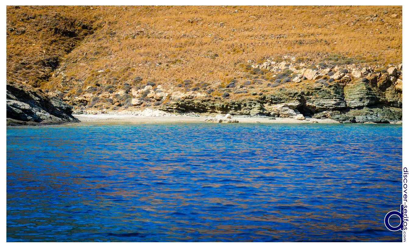Dio Gialoudia beach - Serifos