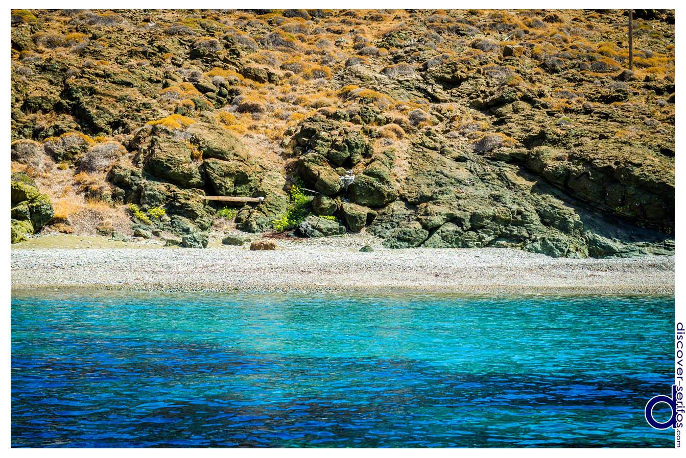 Παραλία του Αβεσσαλού στη Σέριφο