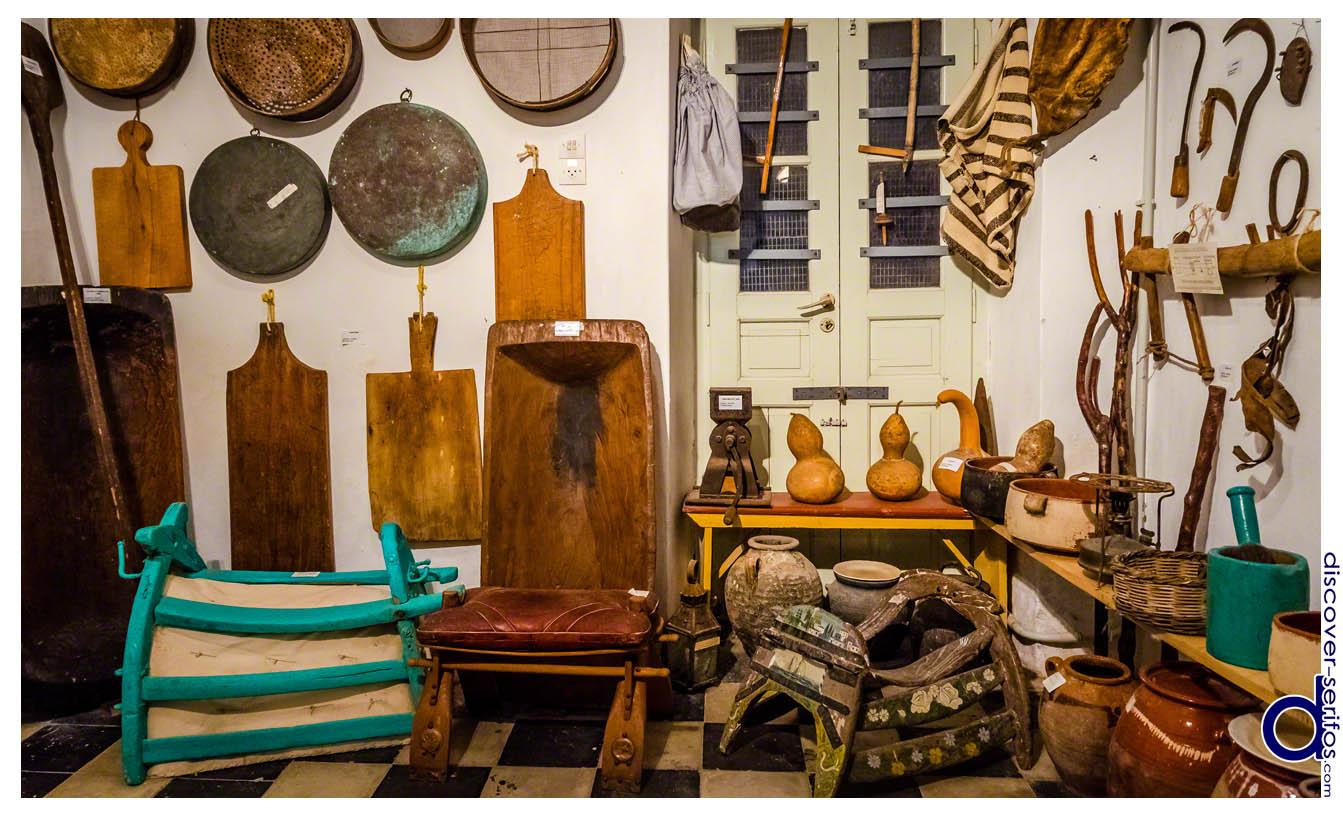 Εργαλεία και Σκεύη στο Λαογραφικό Μουσείο