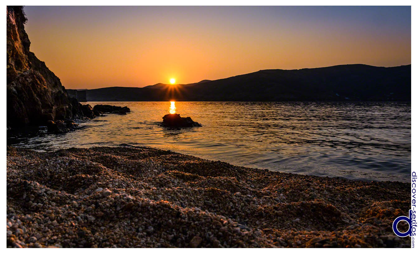 Ηλιοβασίλεμα στην παραλία της Βαγιάς