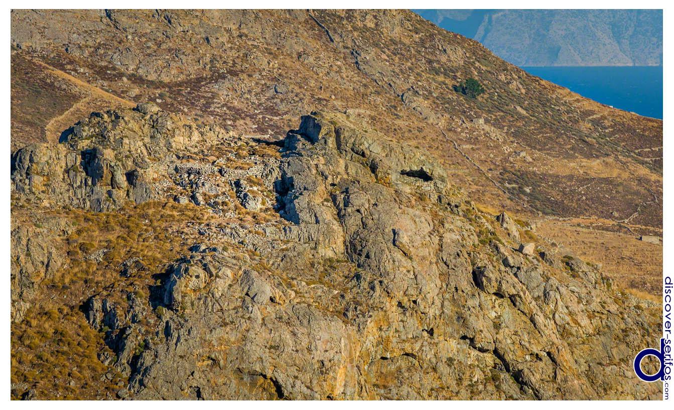 Κάστρο της Γριάς - Σέριφος