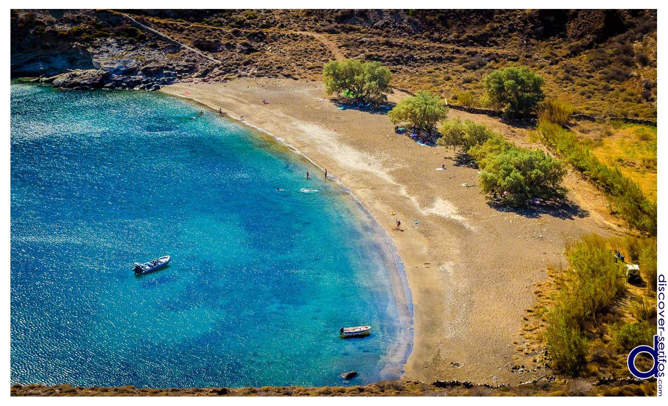 Παραλία Μαλλιάδικο στη Σέριφο