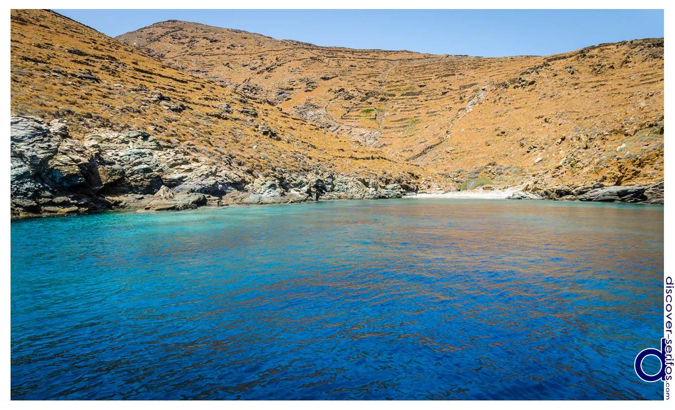 Παραλία Βαθιά Λαγκάδα - Σέριφος