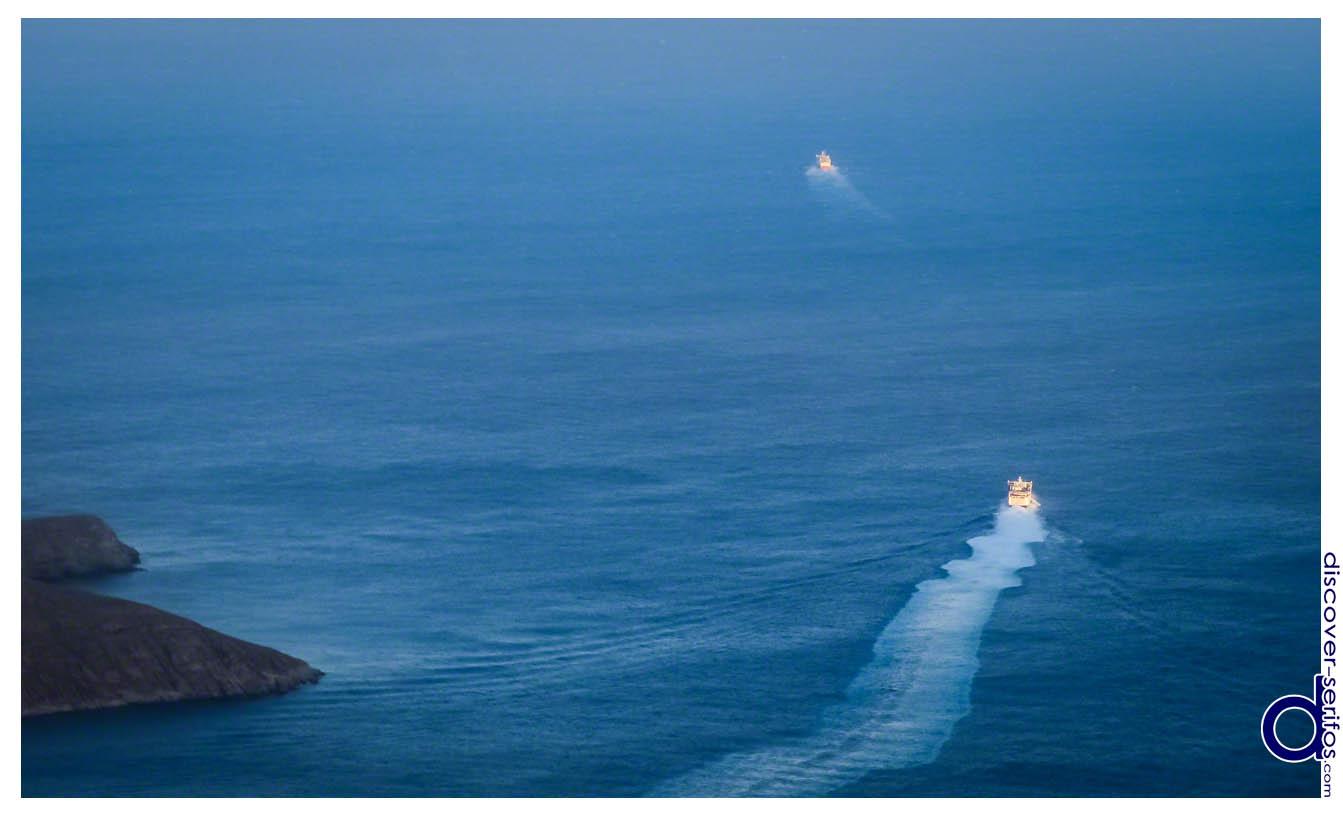 Πλοία στη Σέριφο - Κυκλάδες